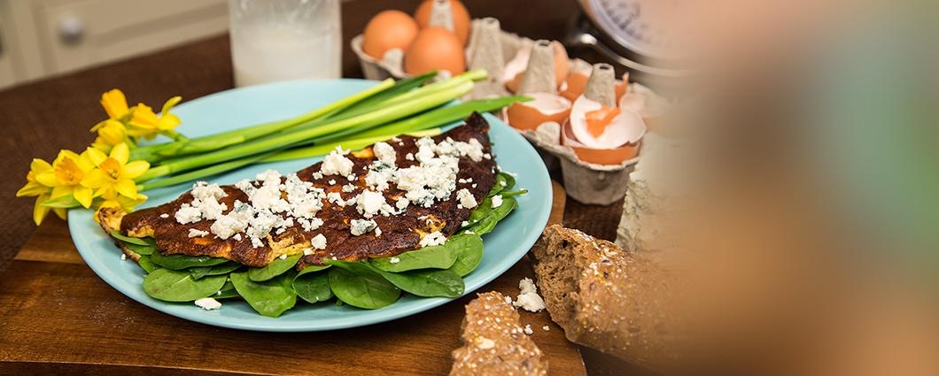 Jarná omeleta so špenátom a s nivou