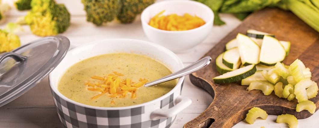 Zelená polievka so syrom