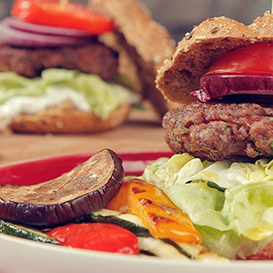 Ako správne pripraviť domáci hamburger
