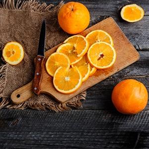 Ako vybrať dužinu z citrusov