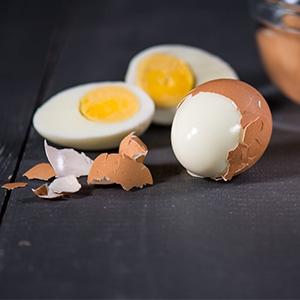 Ako ošúpať vajce za 5 sekúnd