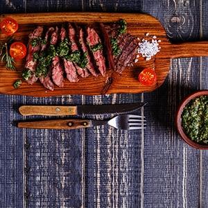 Grilovaná hovädzia roštenka so salsou verde