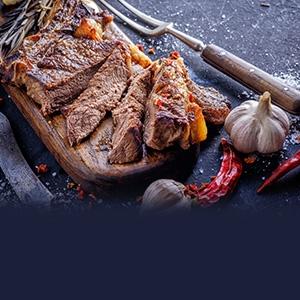 Grilovaný teľací steak marinovaný