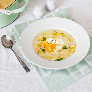 Prívarok zo žltej fazuľky s vajíčkom