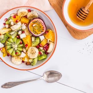 Ovocný šalát s makom