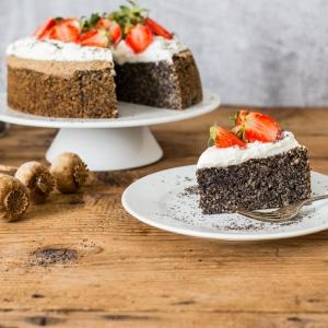 Nadýchaná bezlepková maková torta